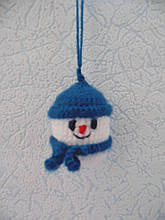 Новорічна іграшка ручної роботи на ялинку Сніговик