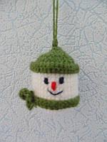 Новогодняя игрушка ручной работы на елку Снеговик
