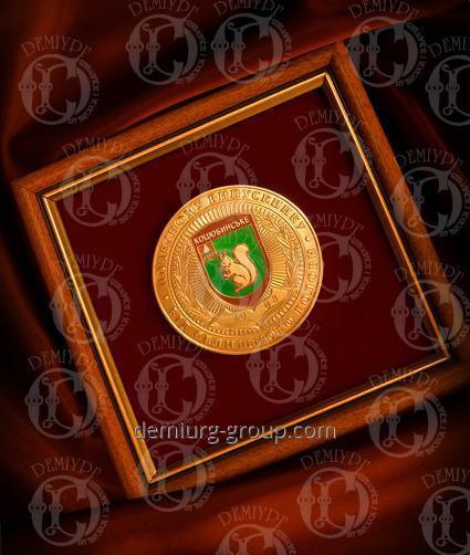 Медаль в рамке