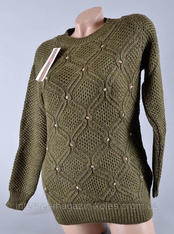 Теплый женский свитер цвета хаки