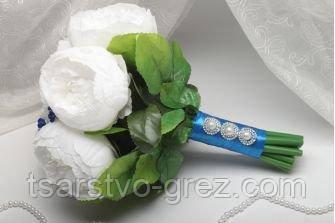 Свадебный букет из искусственных цветов синий