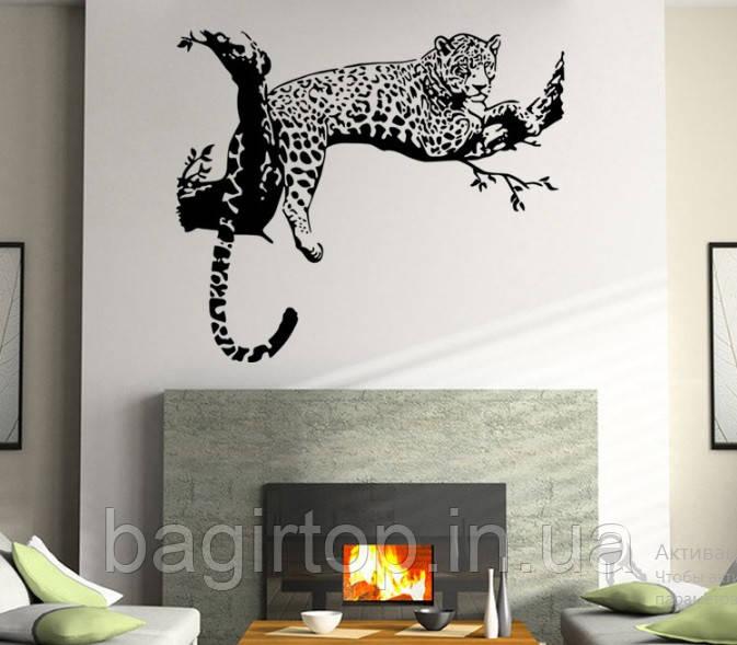 Самоклеющаяся  наклейка  на стену Леопард