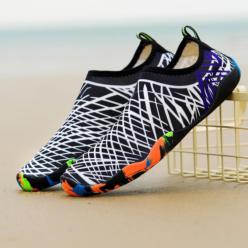 Взуття для пляжу і коралів Diving shoes білі смужки 38 (245mm) as338w exp