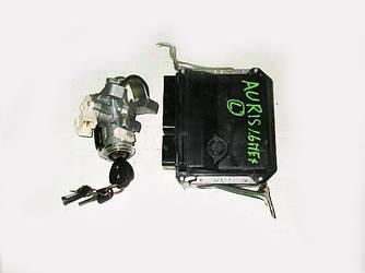 Блок управления двигателем Toyota Auris 06-12 (Тойота Аурис 06-12)  89661-02E90