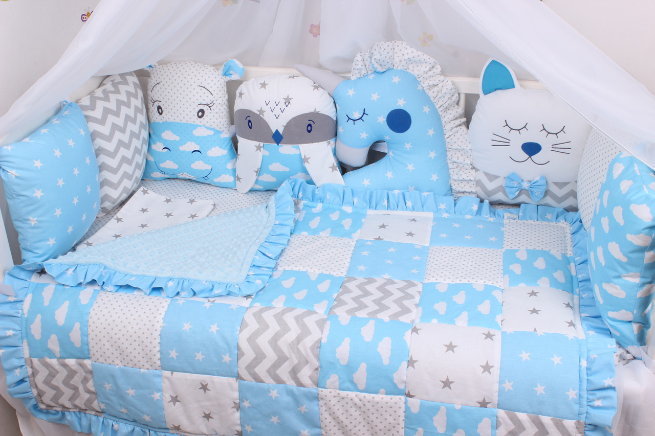Комплект в кроватку с зверюшками в голубых тонах