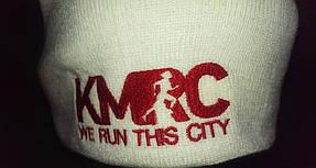 двухслойная шапка с логотипом
