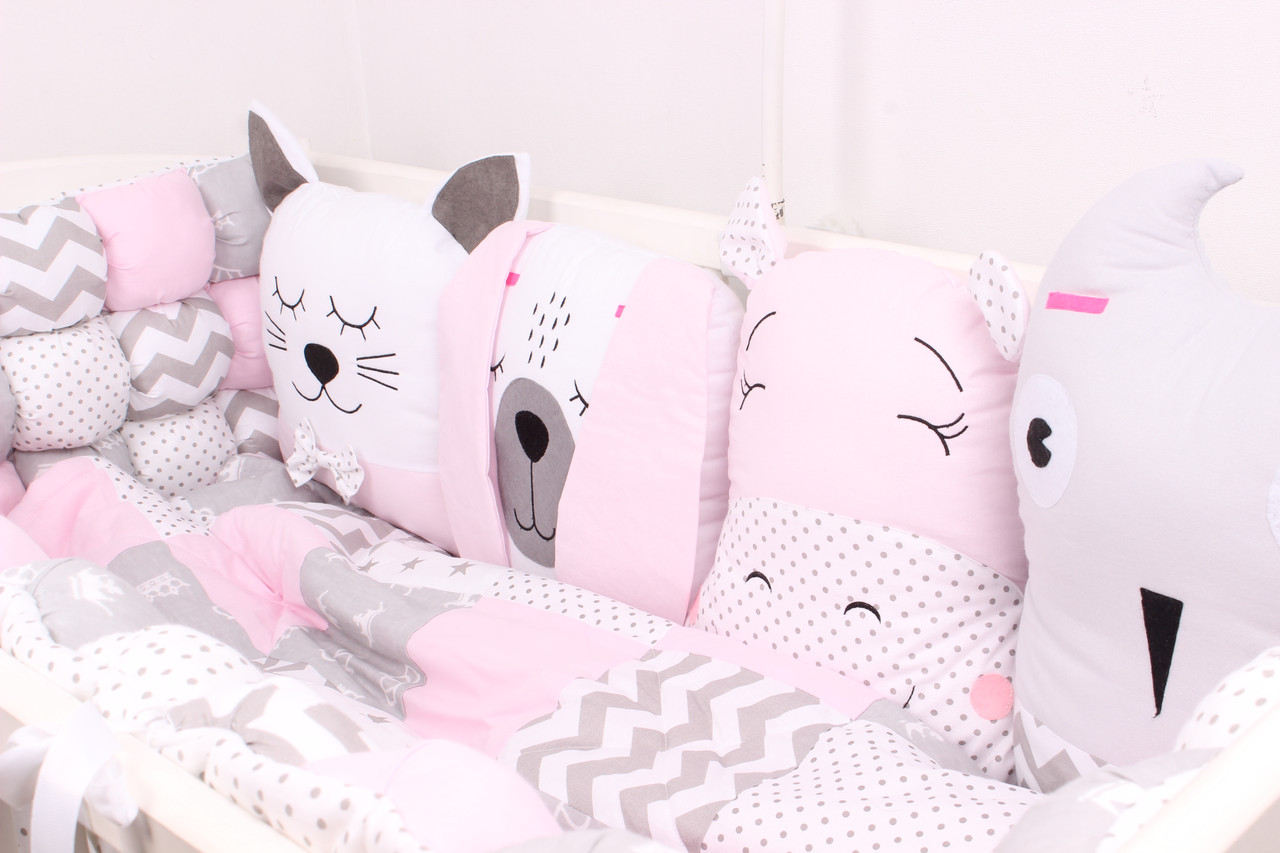 Комплект в дитяче ліжечко з тваринками в ніжно рожевих тонах