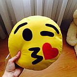 Подушка-смайлик Emoji #3 Влюбленный моргунчик, фото 2