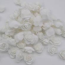 Набор бело-ментоловых  цветочков - 50шт.