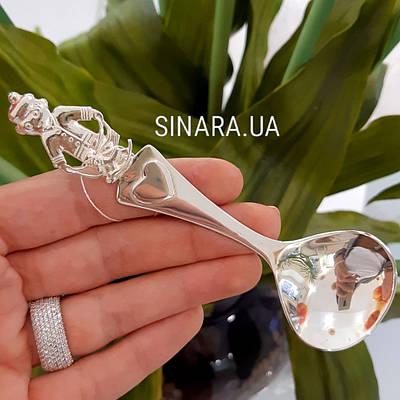 Срібна дитяча ложечка Хлопчик - Дитяча срібна ложечка для годування