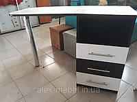 Маникюрный стол черно-белый, раскладной