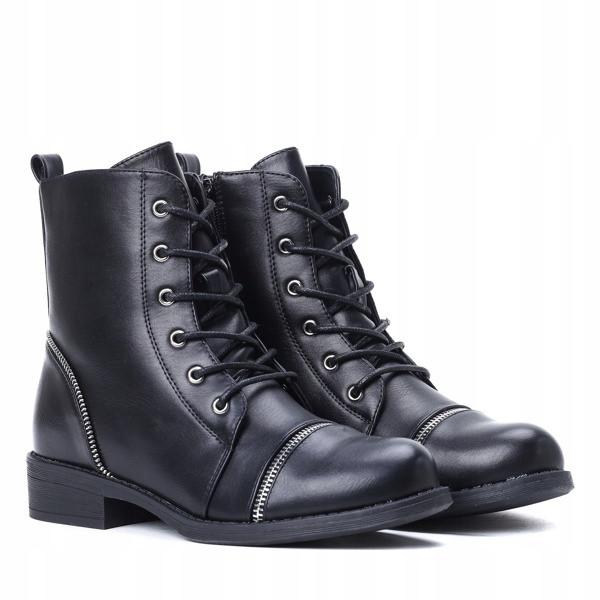 Женские ботинки Rhymes