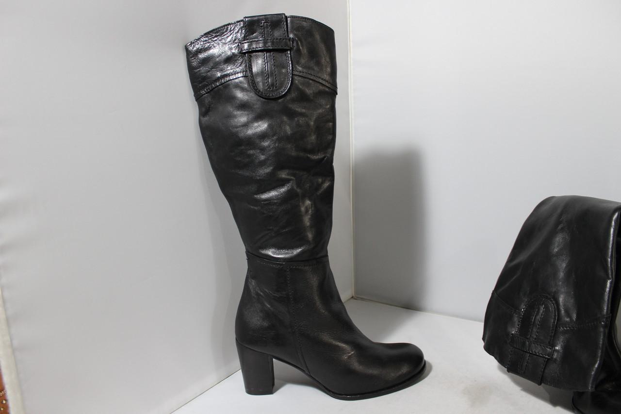 Женские кожаные сапоги Bata 39р.
