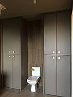 Шкаф распашной на заказ Blum с доводчиками