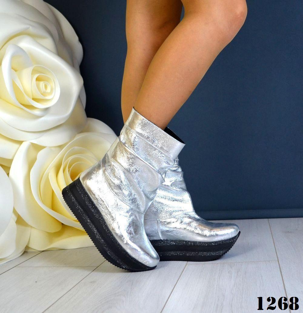a287ddae Демисезонные кожаные женские сапоги Viva maxi на платформе серебро ...