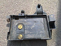 Корпус под акб Mitsubishi Colt 1.3