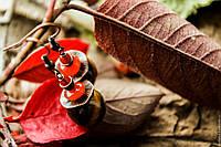 Топ-5 пар позолоченных серёжек, которые стоит носить осенью