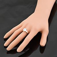 Серебряное кольцо с золотыми пластинами – необычный вариант для помолвки