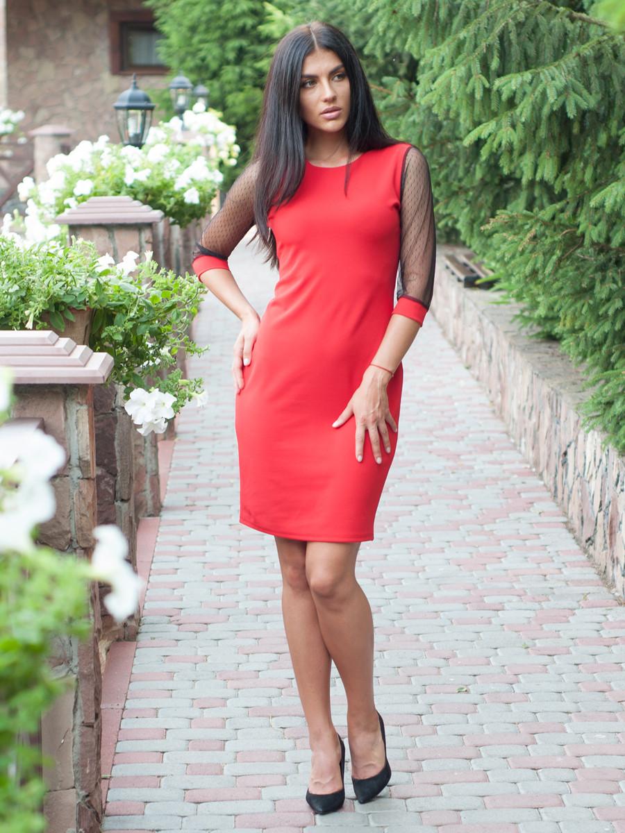 Коктейльное женское платье по колено