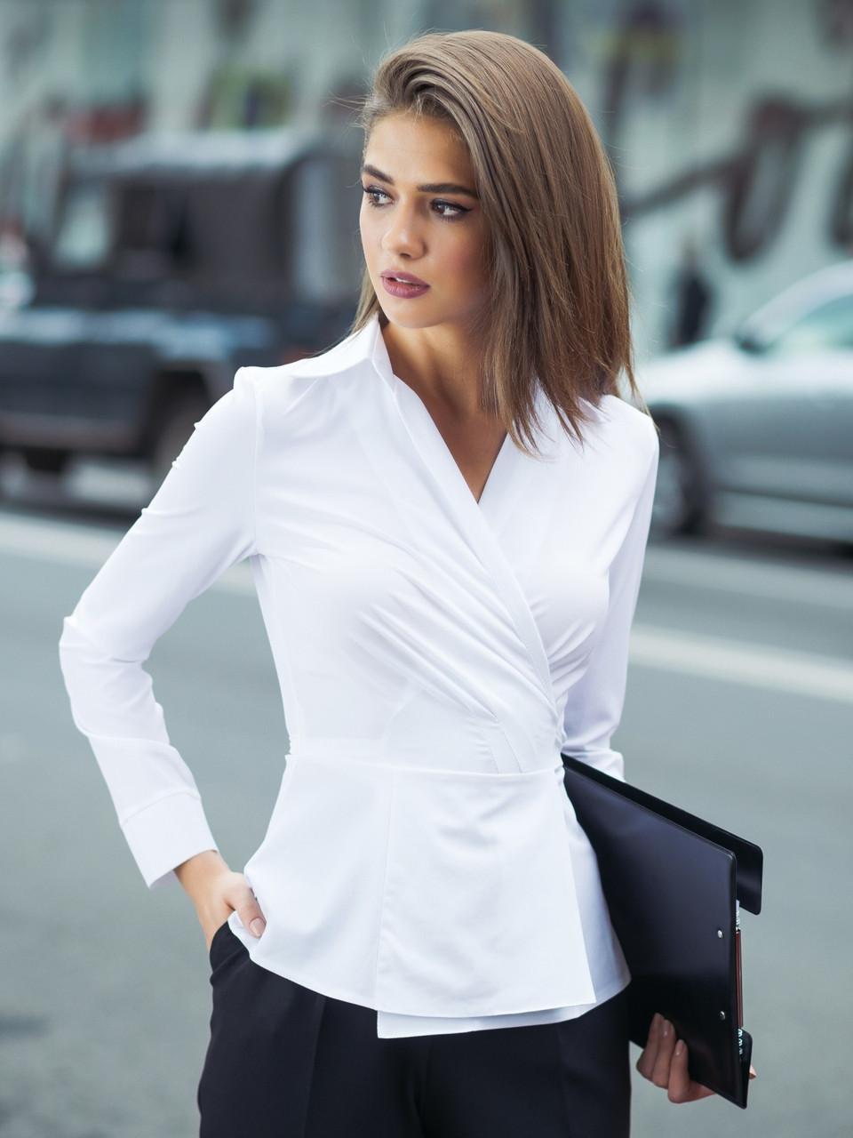 (S / 42-44) Вишукана жіноча біла блузка Divalis