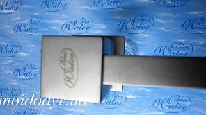 Дозатор моющего средства BLUE WATER (Блу Вотер) квадратный сатин