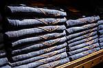 Как выбрать мужские джинсы на осень?