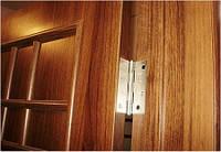 Устранение трещин в деревянных дверях