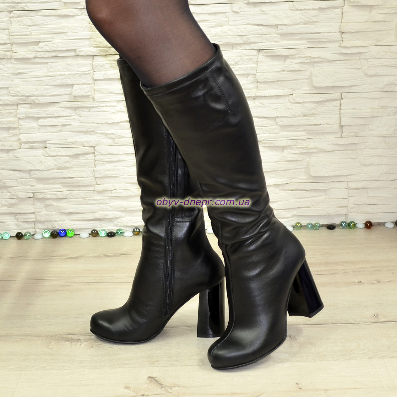 Сапоги черные кожаные демисезонные на устойчивом каблуке