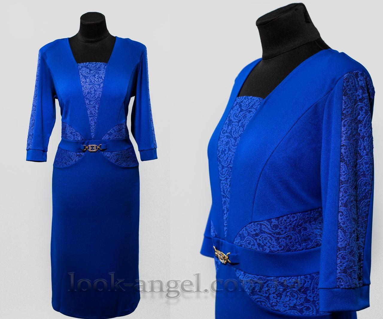 """Стильное женское платье цвет электрик с вставками из кружева """"ткань креп-дайвинг"""" 54 батал"""