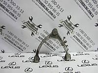 Передний правый верхний рычаг lexus ls430, фото 1
