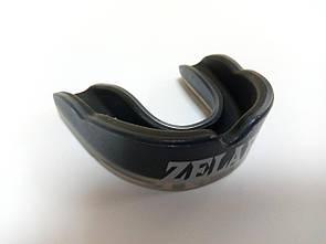 Капа боксерская юниорская односторонняя (одночелюстная) в футляре Zelart BO-3603 черная
