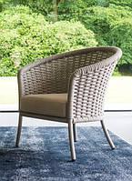 Плетеное лаунж кресло Cordial для отдыха на террасе от Alexander Rose (Англия)