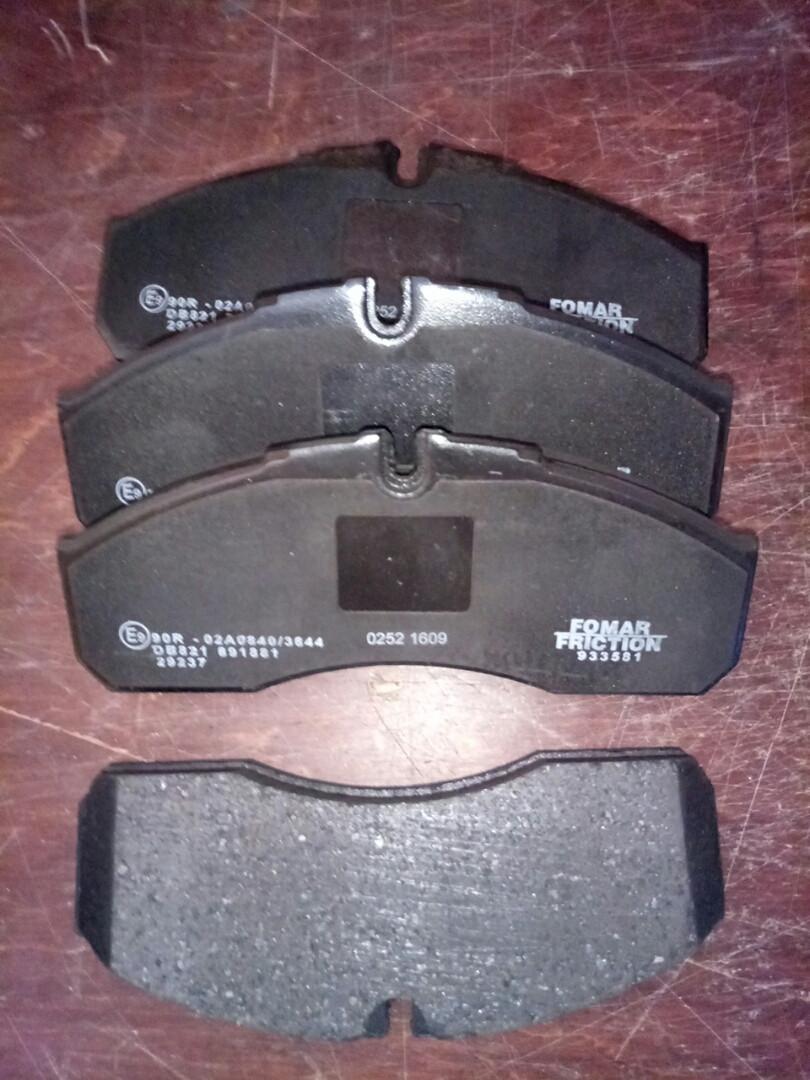 Колодки тормозные передние. 60С Е3