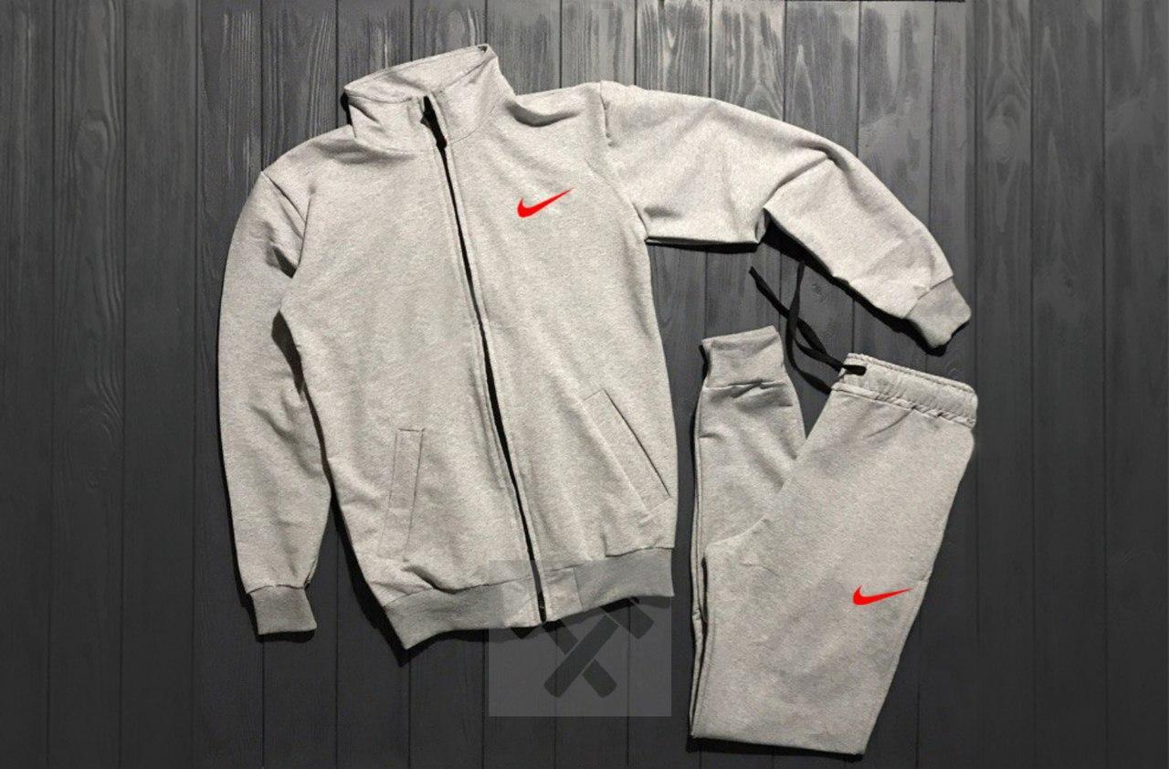 Костюм спортивный на молнии Nike серый красный логотип топ реплика