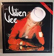 CD диск Vivien Vee - With Vivien Vee