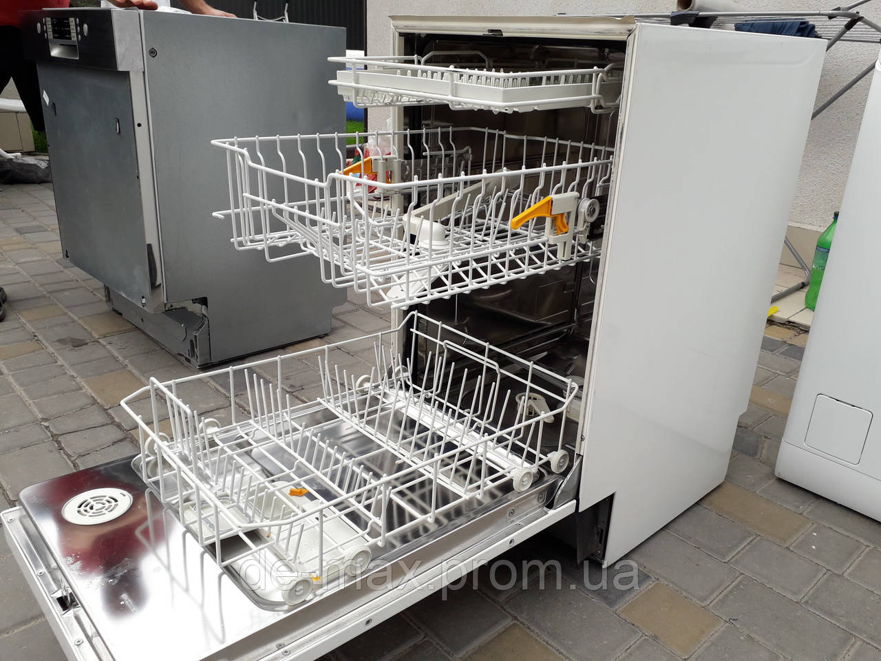 Встраиваемая посудомойка узкая 45см на три лотка Miele G 624 SCi Plus