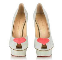 Вибираємо модне жіноче взуття на літо