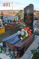 Памятник из капустянського гранита и габбро, фото 1
