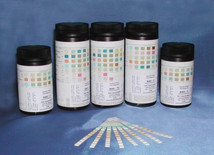Тест-полоски DAC-11- глюкоза, белок, РН, кровь, кетоны, билирубин, уробилиноген, нитриты, удельный вес, лейкоциты, аскорбиновая кислота (100 шт.)