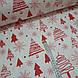Ткань новогодняя хлопковая, красные елочки и снежинки на белом, фото 2