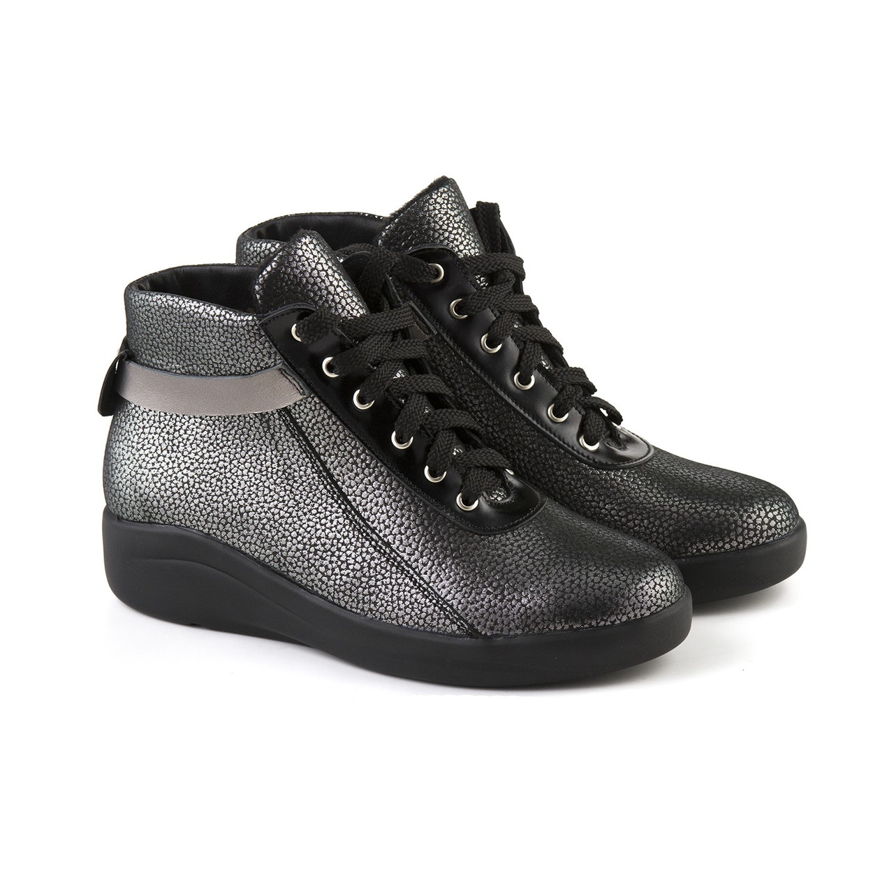 VM-Villomi Блестящие серебристые ботинки на шнуровке