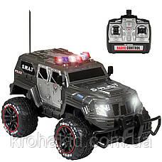 Машина на радиоуправлении (р/у) военный джип /полицейская SWAT W3828 аккумулятор 6V 700 МаЧ, фото 2