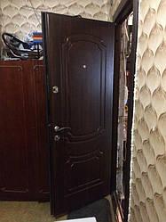 Установка входной двери ПБ-01 Орех коньячный 2