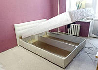 Мягкая кровать Белая Камила 140 см с матрасом и подъемным механизмом
