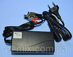 Устройство зарядное для аккумуляторов гелевых 12V (7-14Ah) Vipow  BAT1128