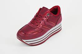 Кроссовки на высокой платформе красные Weide 10008