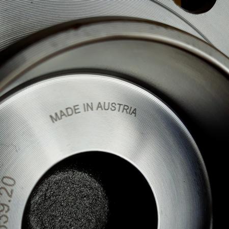 Усиленная Ступица Audi Q3 Ауди Q3 (2011-) 5K0498621. Передняя. SHAFER Австрия. Под 4 болта.