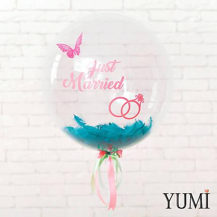 Прозрачный воздушный шар на свадьбу с надписью и перьями , фото 2