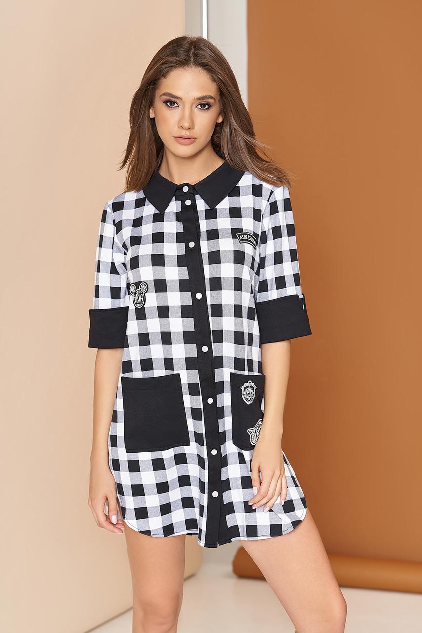 Платье рубашка мини по бокам разрезы прямое в клетку двухцветное белое