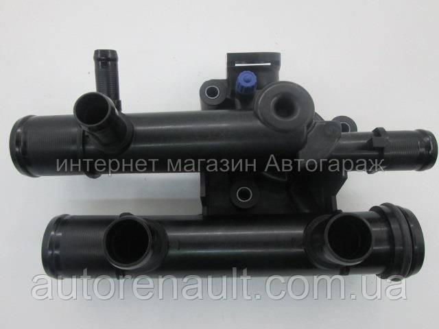 Термостат (с корпусом) на Рено Трафик 03-> 2.5dCi — Renault (Оригинал) 8200709142
